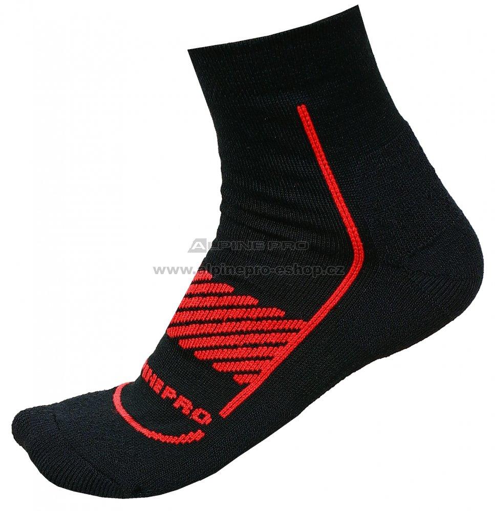 2524275ede4 Ponožky ALPINE PRO AMIRAH 2 USCM044 ČERVENÁ velikost  L   ALPINEPRO ...